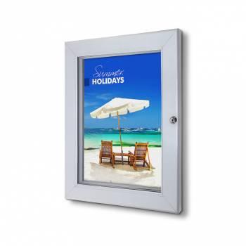 Interiérová uzamykatelná vitrína Premium A3